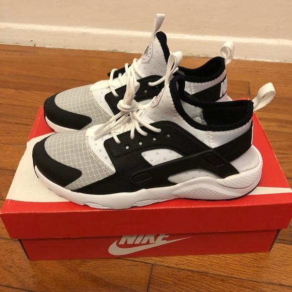 06ab57c1a512 Nike Huarache run ultra preschool size 3y. M 5b1bf5449fe4869d8c1c3cab.  Other Shoes you may like. Nike Lebron James XI Kids Black ...